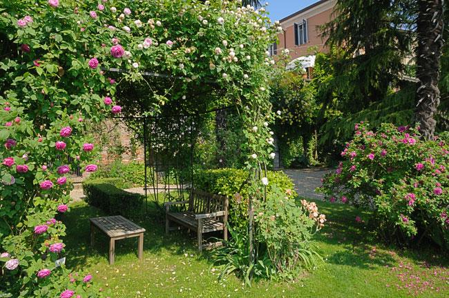 Progettare un giardino in collina fai da te in giardino for Progettare un terrazzo giardino