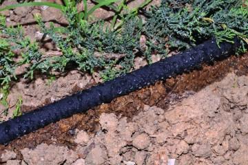 Impianto di irrigazione interrata fai da te in giardino for Getti x irrigazione