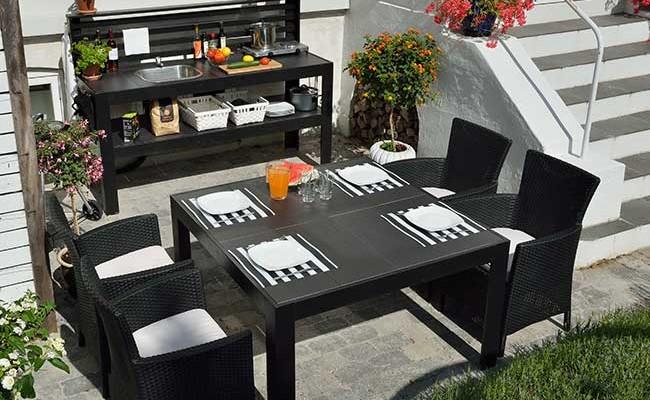 Tavolo da giardino fai da te con cucina tutti i passaggi - Aiuole giardino fai da te ...