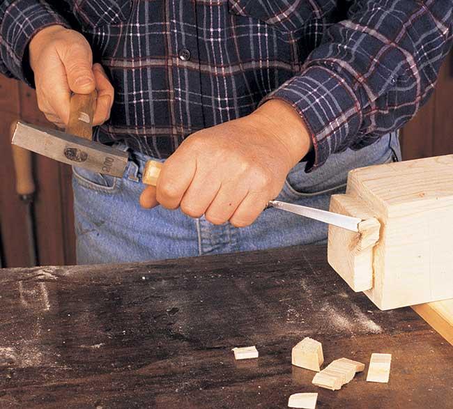 sagomare il legno