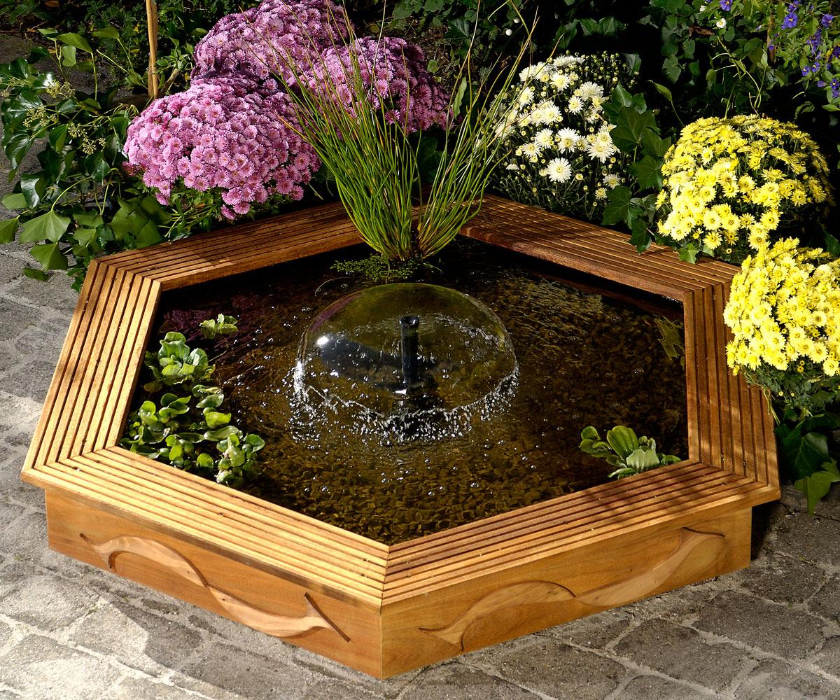 Fontana da giardino ecco come realizzarla in legno fai da te for Laghetto tartarughe esterno